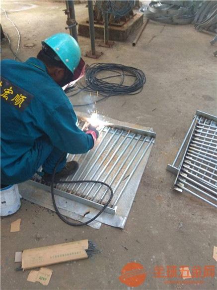 禹城混凝土烟囱安装航标灯新闻资讯:
