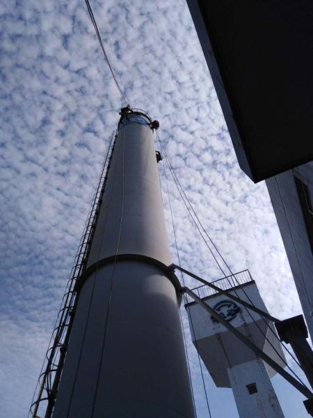 铁法砖烟囱刷航标公司动态