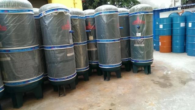 专业销售全新空压机 干燥机 过滤器 储气罐维修保养