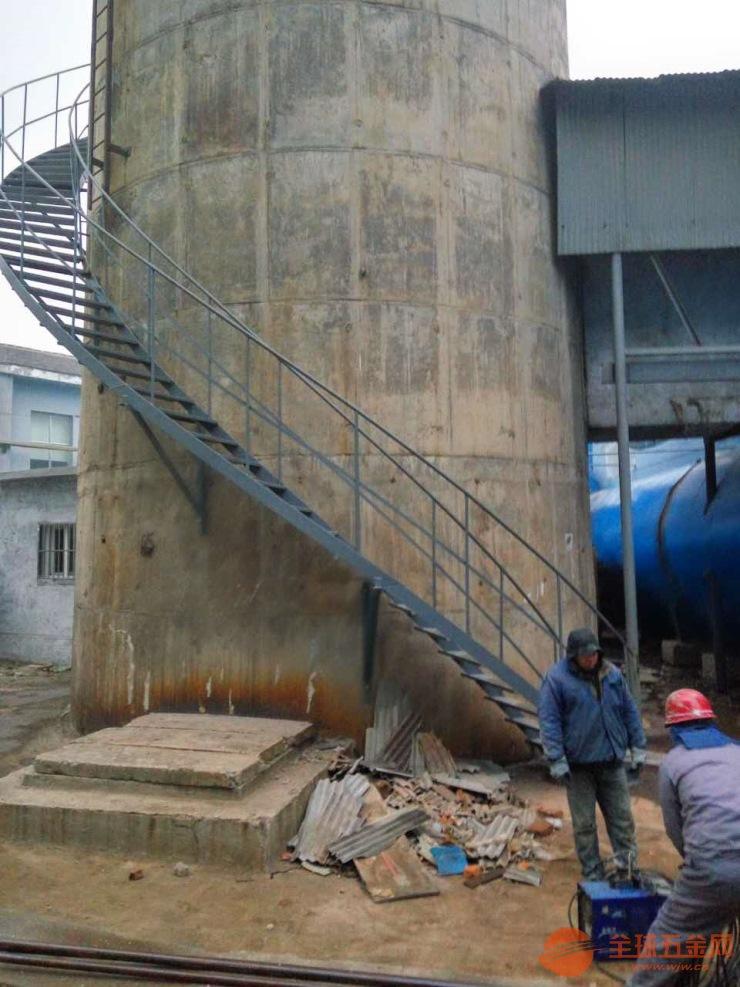 烟囱安装爬梯