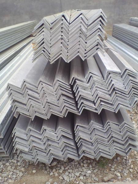 站前区Q235B角钢大量供货