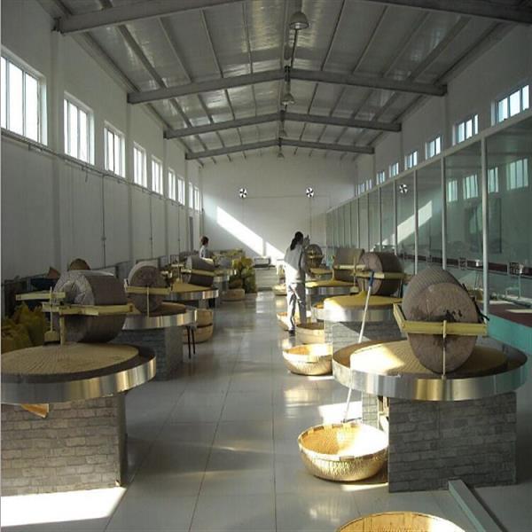 南京養生雜糧石磨機 自動分離麩皮工作視頻
