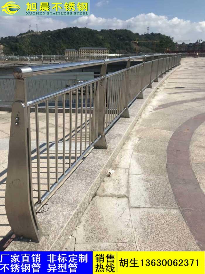 二道区商场用不锈钢楼梯护栏管加工