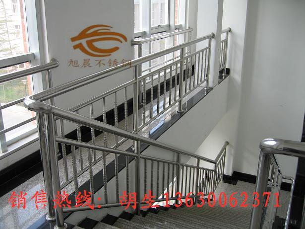 双阳区商场用不锈钢楼梯护栏管定制