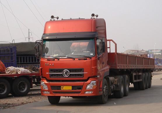 深圳龙岗跑泸州17米5平板车回程车运输车队联系