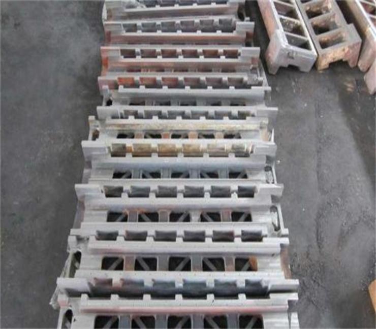 ZG4Cr25Ni20Si2炉枕炉座厂家供货
