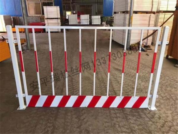 四川广元栏杆式临边防护栏施工标准