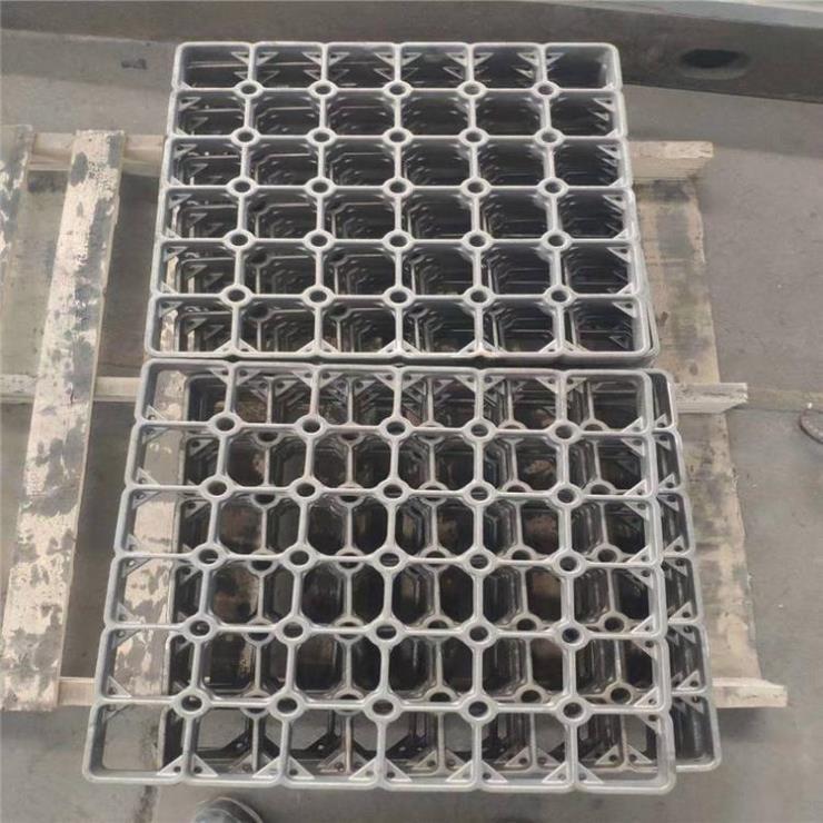 30Cr20Ni10炉底板