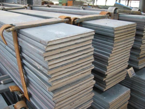 漢中扁鋼方鋼Q235B20#45#16mnQ345B冷拔扁鋼冷拔方鋼熱軋方鋼規格有哪些