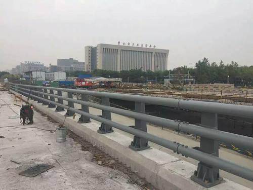 质X价廉,沧州静电喷塑桥梁防撞护栏