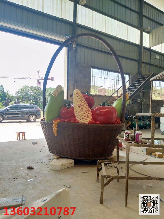 玻璃钢城市景观雕塑 蔬菜水果篮子雕塑