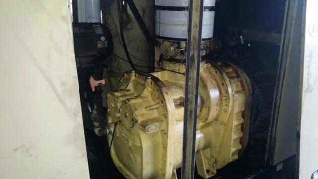 专业销售全新各品牌空压机螺杆机,维修,保养空压机等
