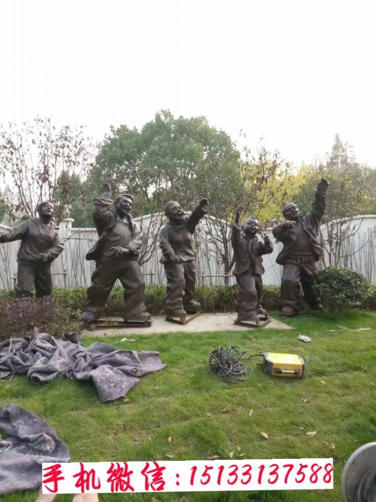 招手人物铜雕塑新款 户外商场