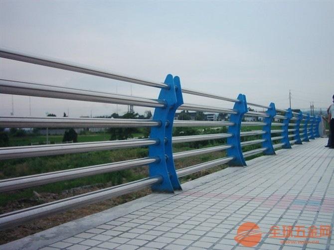 甘肃市政护栏价格 兰州马路护栏厂家 甘肃兰州交通护栏