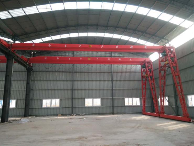 10吨钢筋棚龙门吊轮胎吊√100吨提梁机