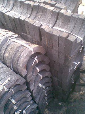 甘肅和政縣 橡塑木托