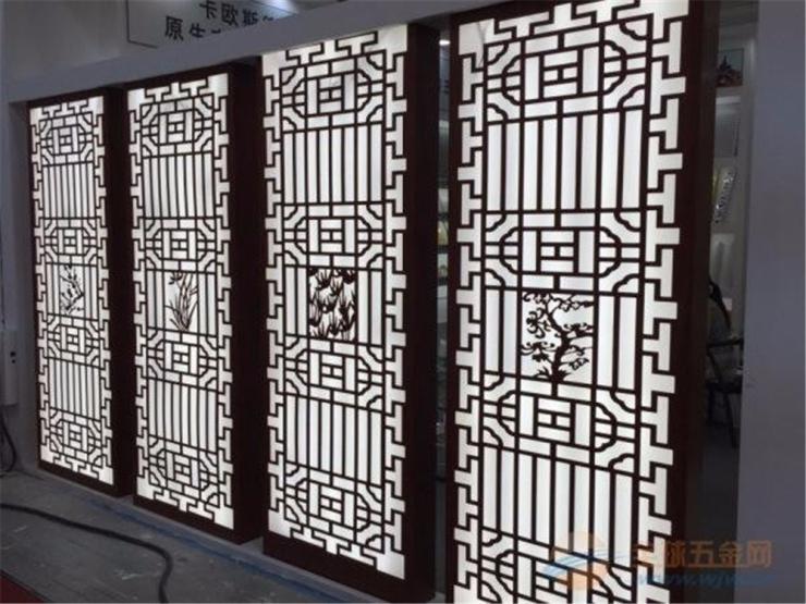 重庆防盗雕刻铝窗花哪家强