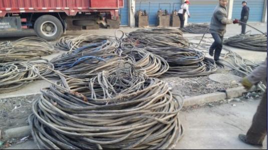 阿坝藏族羌族自治州干式厢式变压器回收多少钱