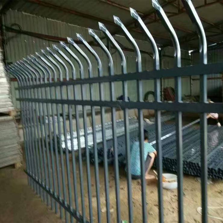 重庆垫江锌钢围栏