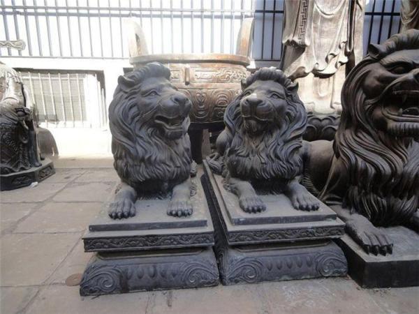 批发铜狮子 供应铜雕狮子 黄铜狮子