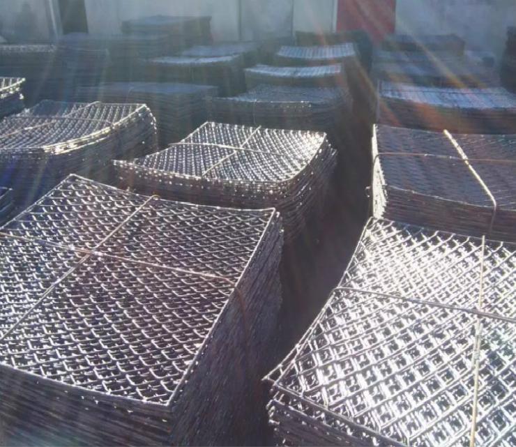 钢笆片-脚手架专用四边包边钢笆网片生产厂家加工
