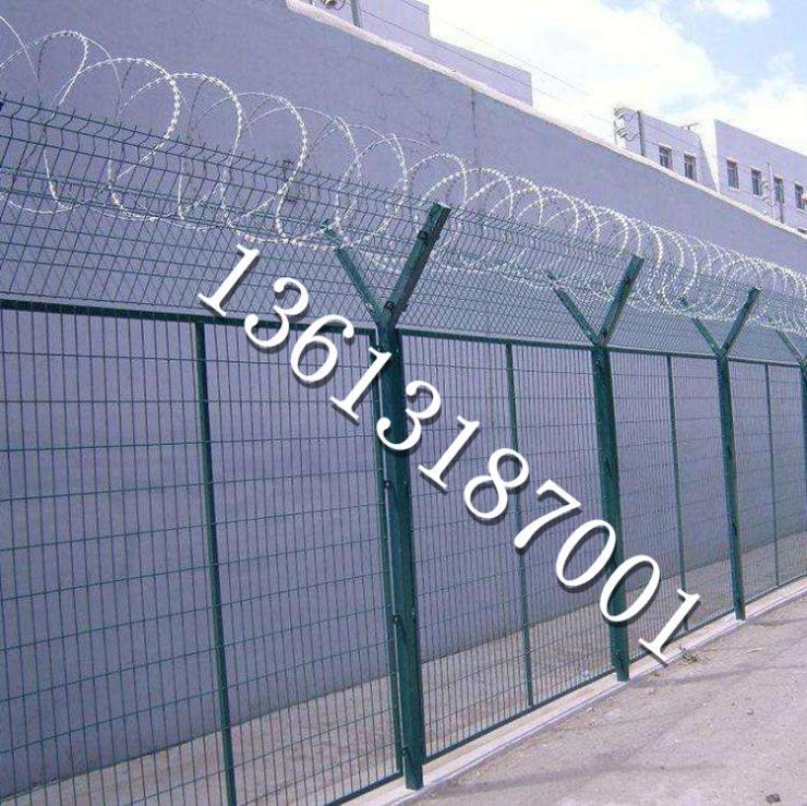 泰州焊接網格護欄生產廠家