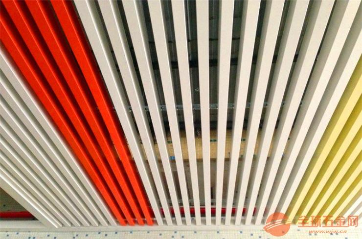 辽宁省1.5厚铝方管表面光滑-全国发货