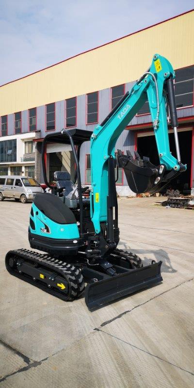 挖掘机可坐/通用型管链输送机/汇众机械多功能迷你微型