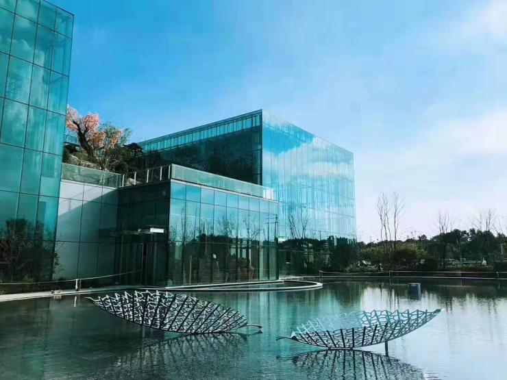 安徽滁州现代雕塑定制