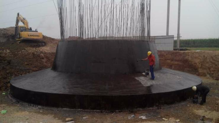 平山区35米砖烟囱粉刷