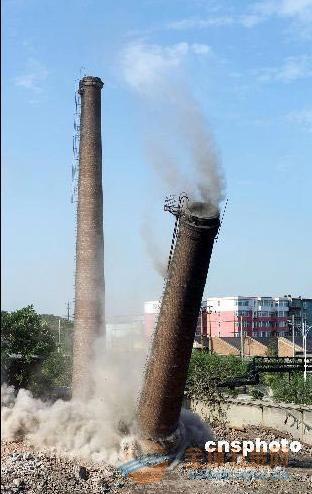 罗源县45米砖烟囱粉刷 团队素质高