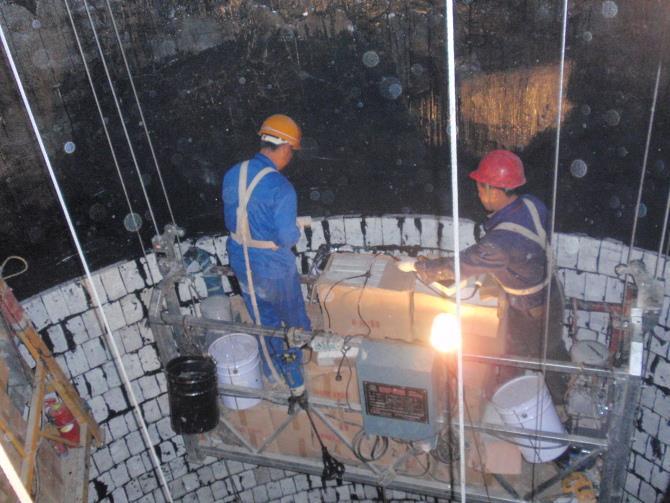 烟囱内壁贴陶瓷玻化砖防腐