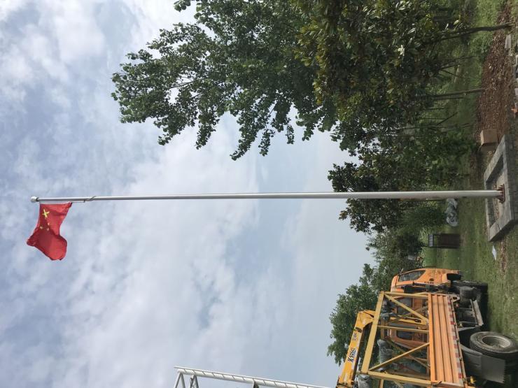 滁州手摇铝合金旗杆抗12级大风的旗杆