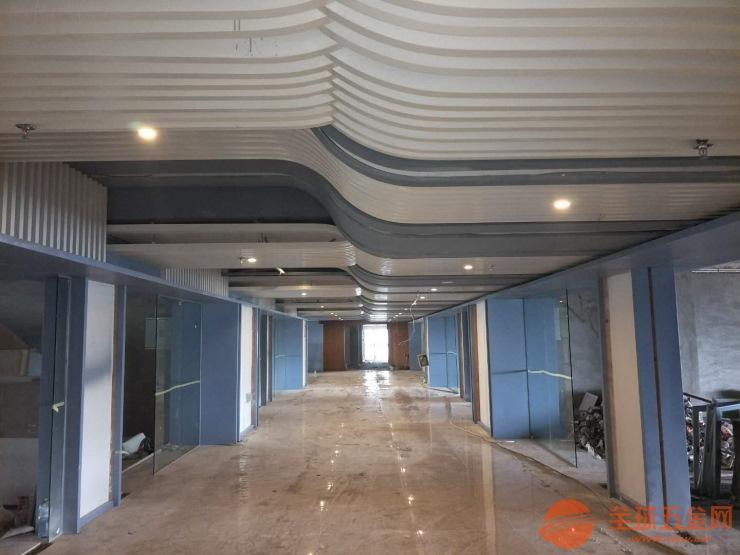 厂家酒店走道拉弯铝方通吊顶样式多价格透明