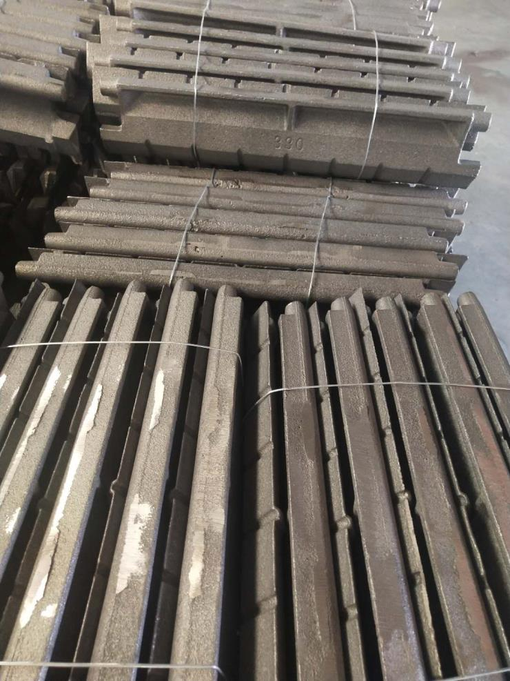 锅炉炉排高佳耐高温锅炉鳞片-炉排鳞片材质厂家