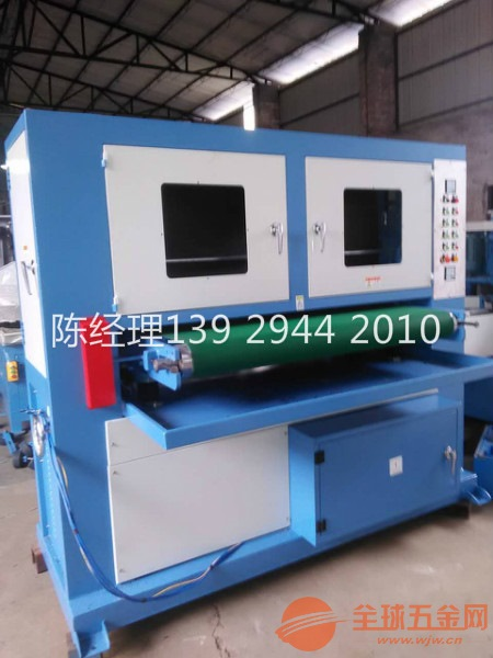 1500宽板材自动拉丝机