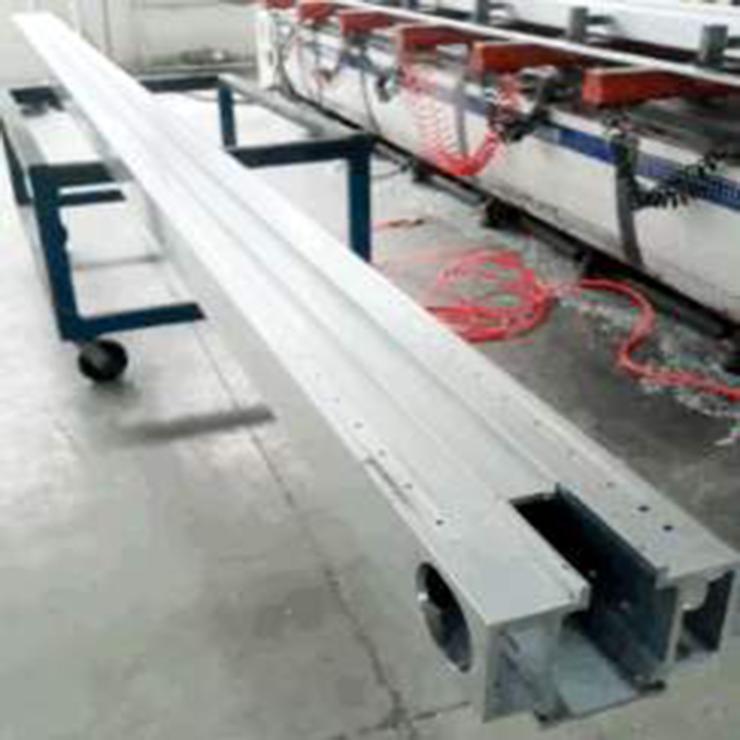 地铁标准门门机梁。标准导轨铝型材精加工生产
