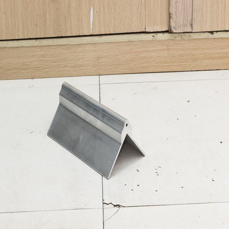 打包机,展示柜,合页铝型材精加工开模