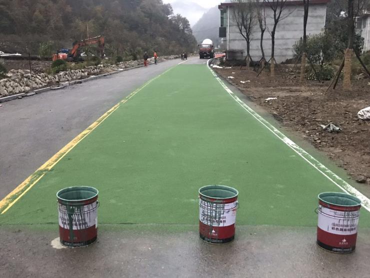 河南彩色路面粘结剂厂家直销陶瓷颗粒防滑路面