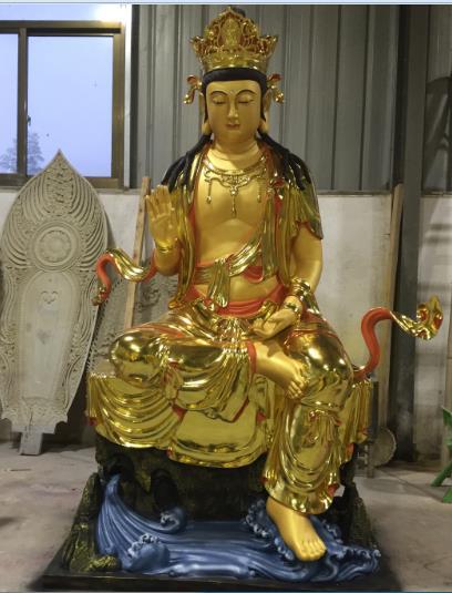 佛像(贴金佛像)庄严的佛像