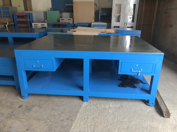 重型修模桌振兴辉厂家定做钳工工作台钢板桌