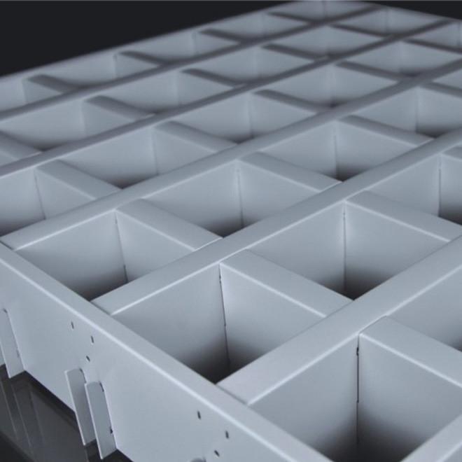 50*100*0.5铝格栅天花 平底铝格栅吊顶供应,简洁铝格栅