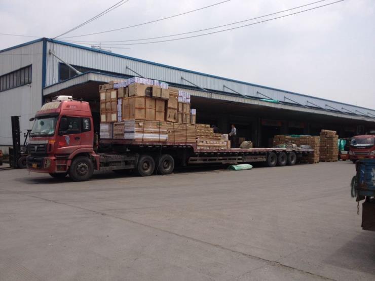 樟木头塘厦到上海物流专线,价格最低,400/吨