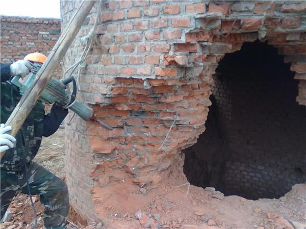 云南钢筋混凝土烟囱拆除公司:欢迎访问