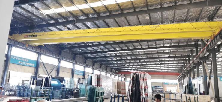 河南卫华新闻:40吨电动单梁起重机安全装置重信用公司