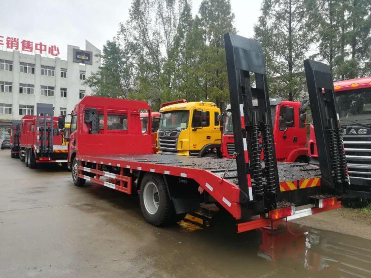 供应解放挖机单桥挖机运输车挖机拖板车4桥平板车