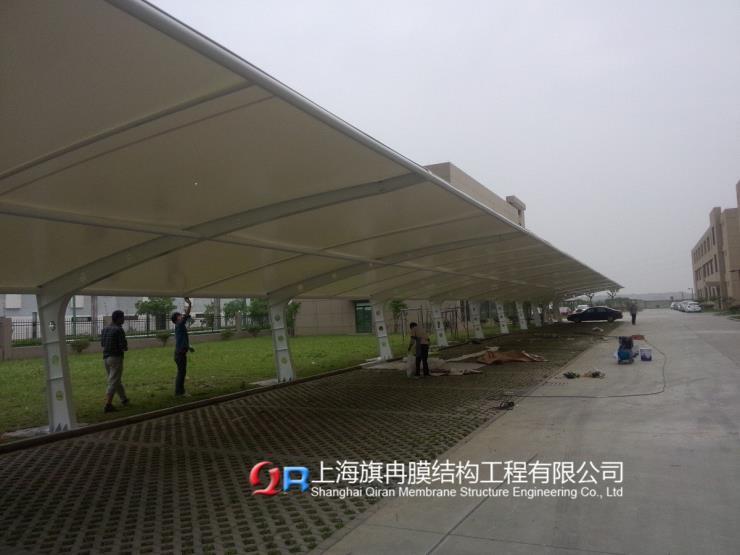 福建省漳州市张拉膜结构停车棚报价厂家联系电话