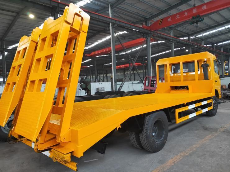 单桥挖机平板运输车挖机拖车小三轴勾机平板车