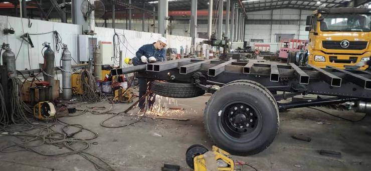 60挖機拖車挖掘機拖板車四橋平板拖車