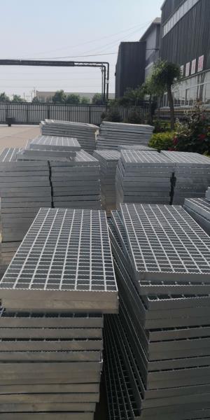 异形钢格板 镀锌钢格栅板 钢格栅板